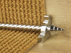 Arrow runner carpet rod, spiral rod, arrow-shaped end, bracket, chrome
