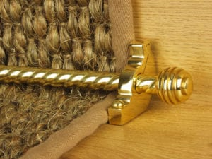 Sphere runner carpet rod, twisted design, grooved ball end, polished brass
