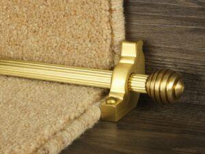 Sphere runner carpet rod, reeded design, grooved ball end, satin brass