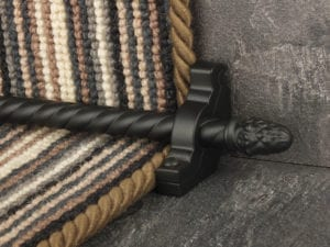sherwood carpet rod with fir cone finial, bracket in black