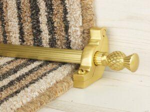 Arran stair carpet rod, thistle end, fluted rod, bracket, satin brass