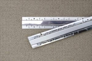 A92 carpet to carpet aluminium door thresholds, loose on beige carpet