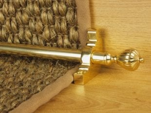 Cairo stair rod polished brass on natural flooring runner