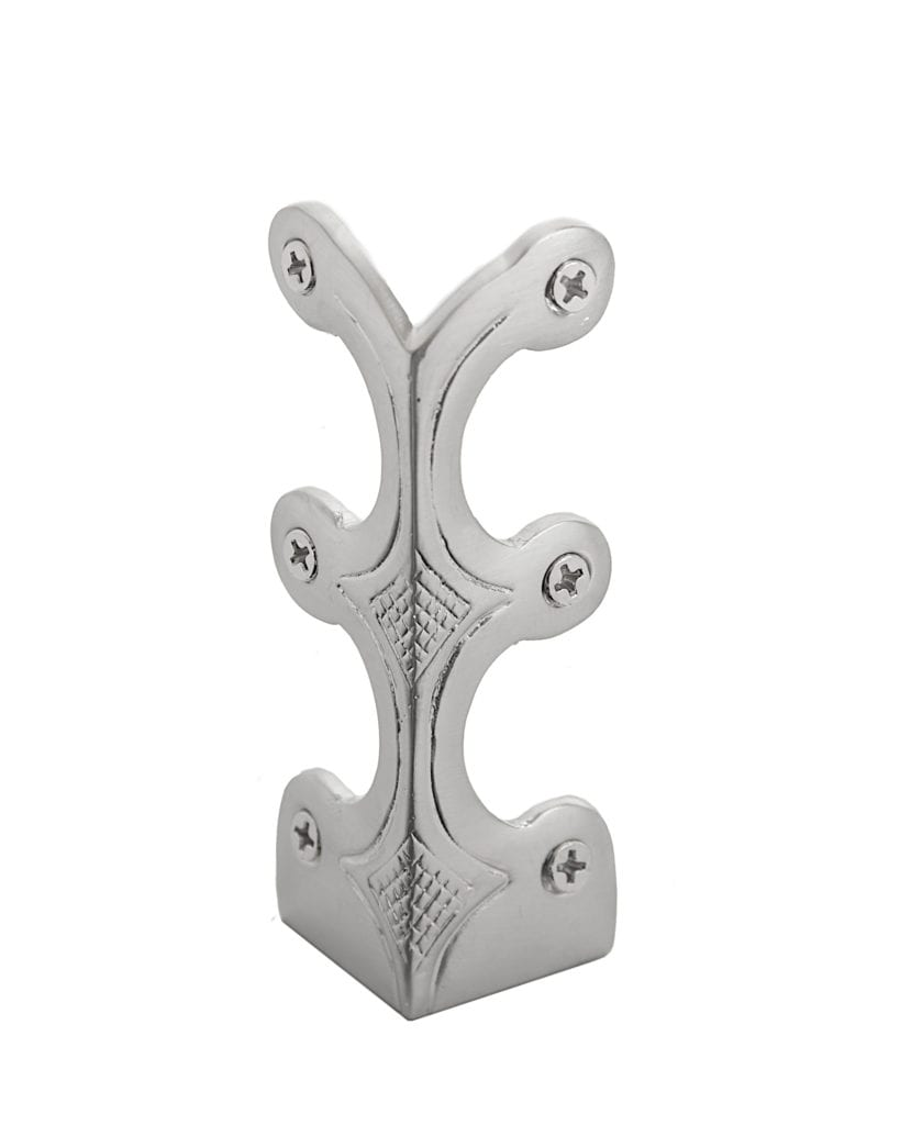skirting corner protector made in satin nickel metal and decorative design