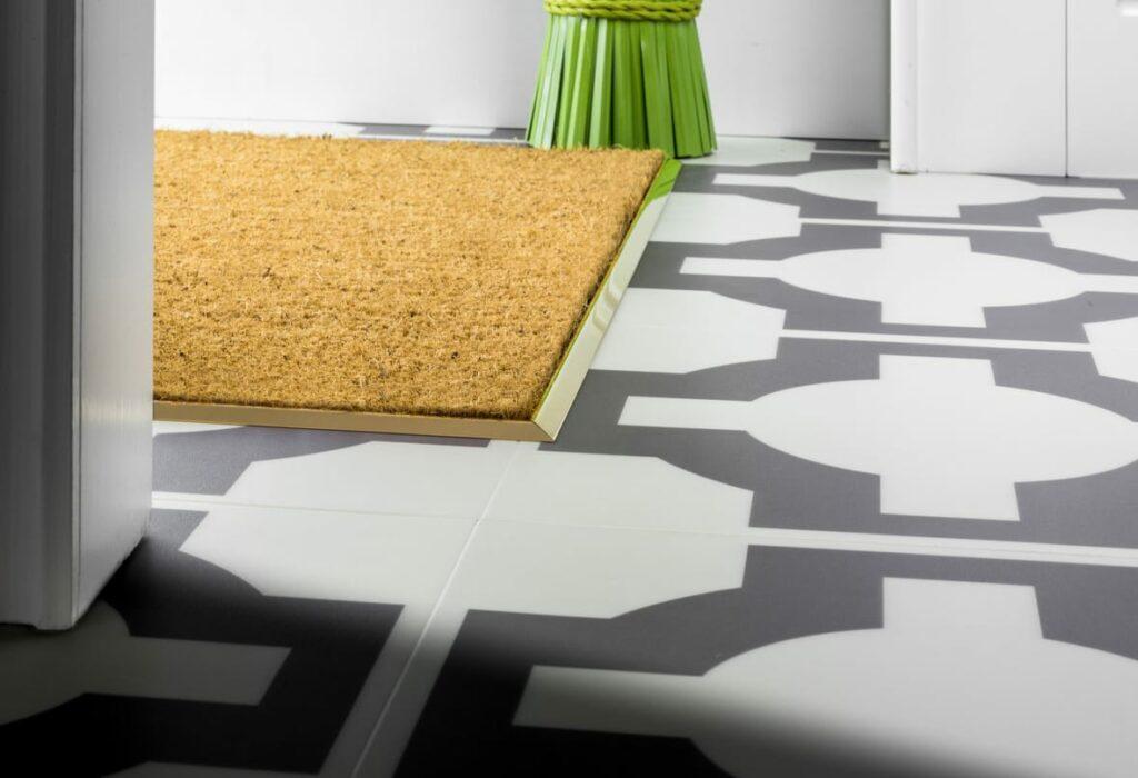 Premier matwell edging in polished brass for indoor door mat