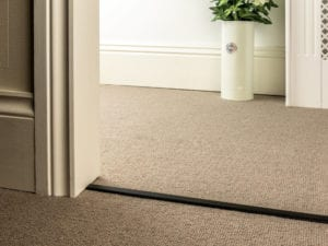 Double Z Bar in black extra narrow for joining carpets