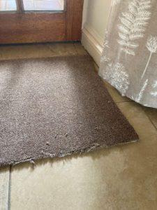 The best carpet mat edging - Easybind seals frayed rugs